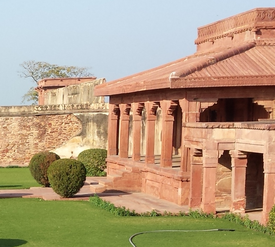 Diwan i aam or hall of public audience fatehpur sikri for Diwan i aam images