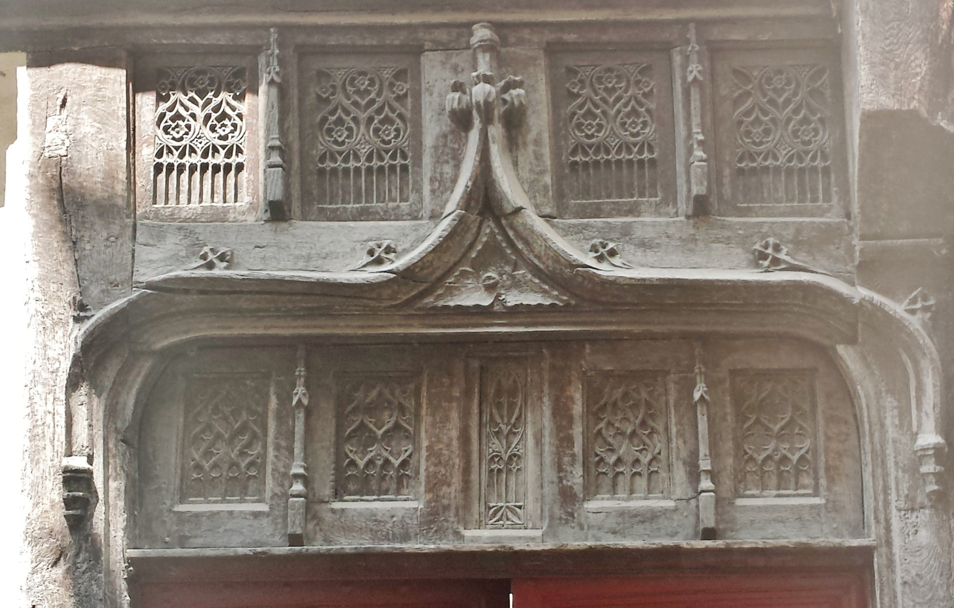 1189 #604A40 Ornate Door Frame Eglise Notre Dame The Dairy Free TravelerThe Dairy  picture/photo Ornate Front Doors 39791863